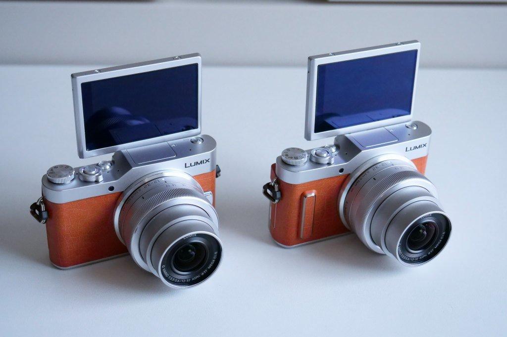 自撮り液晶モニター